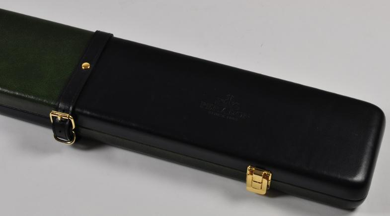 Peradon Three-Quarter Black and Green Cue Case (Close up)